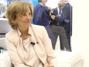 Annarosa Racca di Federfarma Lombardia ai microfoniMedicinaitalia.Tvin occasione diCosmofarma2019.